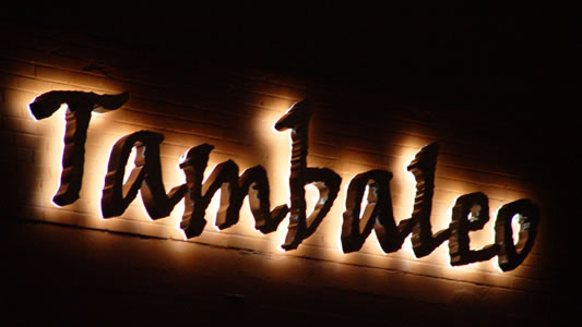 Tambaleo - Illuminated Sign